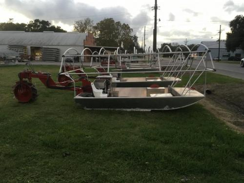 Venable Fabricators side view of Crawfish boat