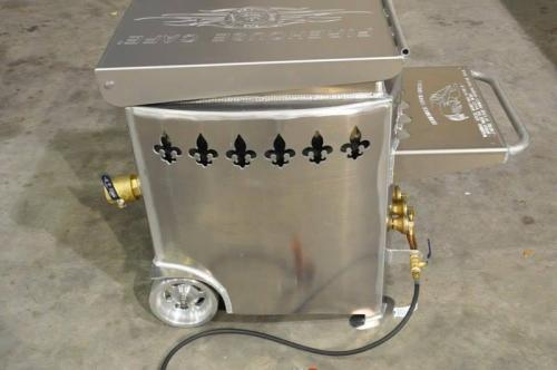 Venable Fabricators deluxe crawfish boiling pot
